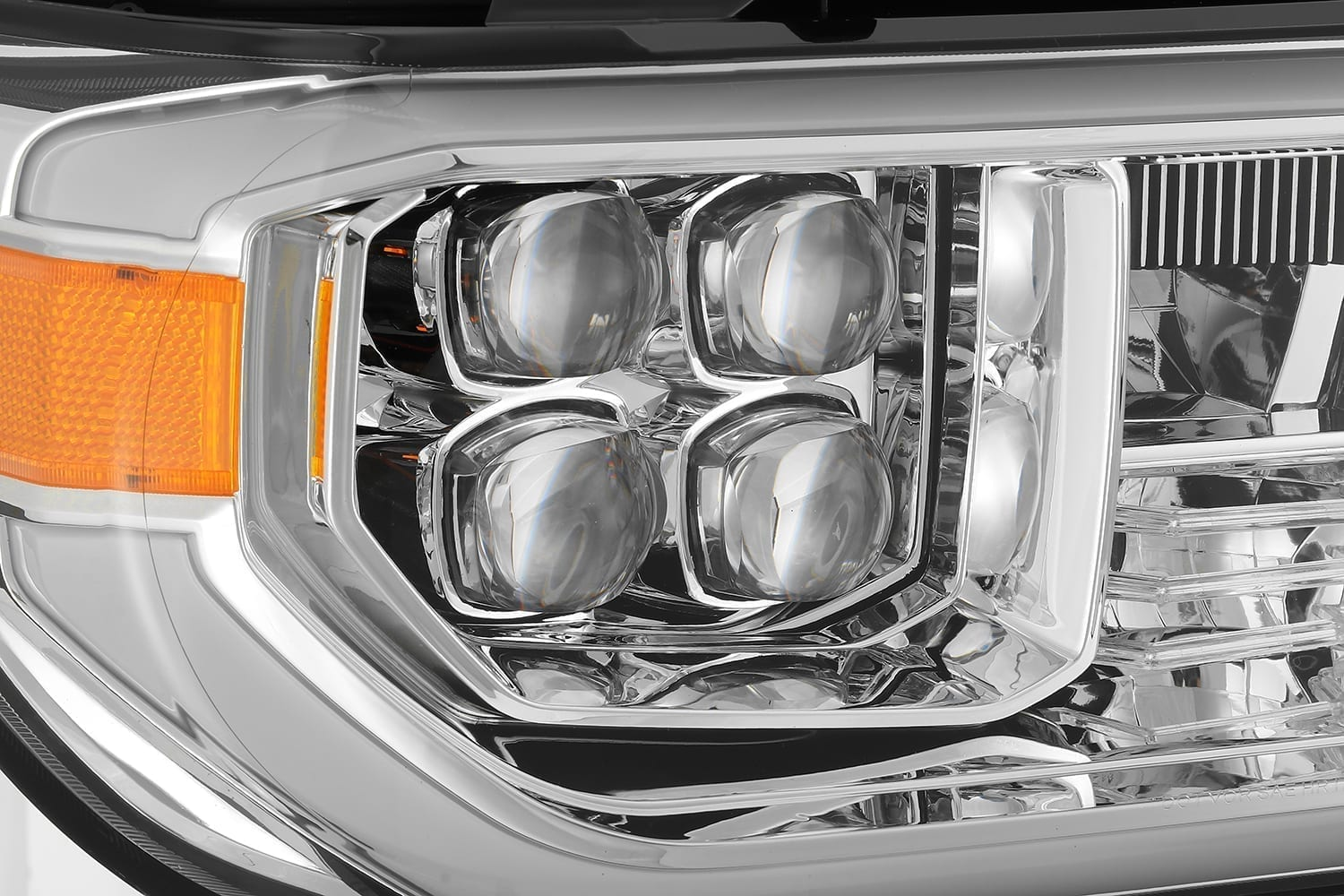 AlphaRex 07-13 Toyota Tundra/08-13 Toyota Sequoia NOVA-Series LED Projector Headlights Chrome (Without Level Adjuster)
