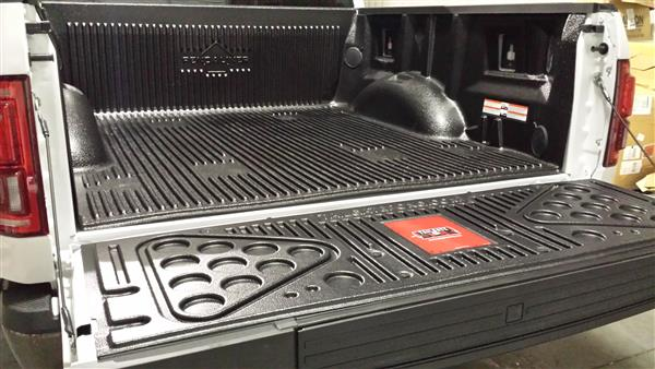 Tundra Tailgate Pong - 5.5ft (66.7in) short beds 2007+